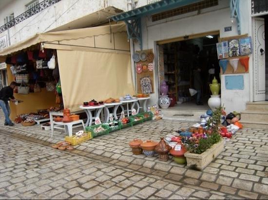 Nabeul Market : Suq di Nabeul - ceramiche