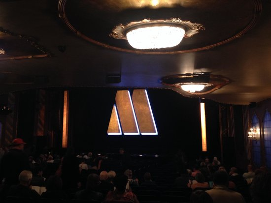 Motown The Musical on Broadway : Motown On Broadway