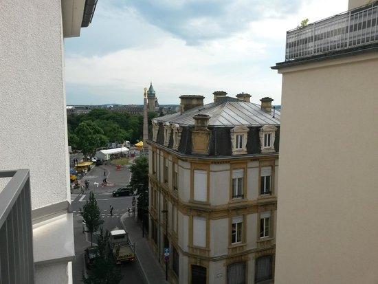 Hotel Simoncini : Вид из окна на Золотую фрау