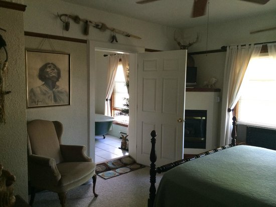 Deer Head Inn: Hiawatha Room ....