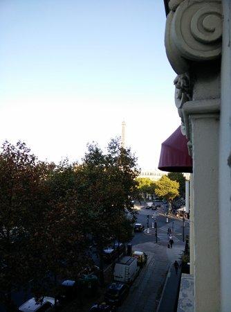 Derby Eiffel Hotel : view