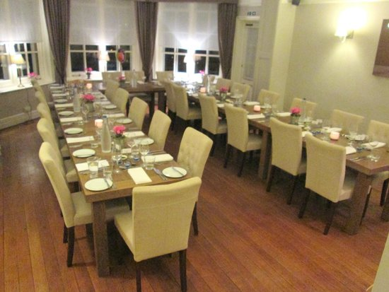 The Norfolk Mead Hotel: Restaurant set out for dinner party