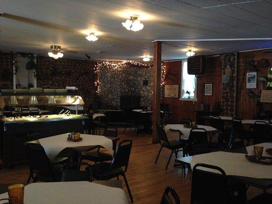 Nelsen's Hall: Restaurant view 1