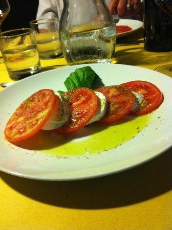 Wine Resort Leda' d'Ittiri: Caprese Salad