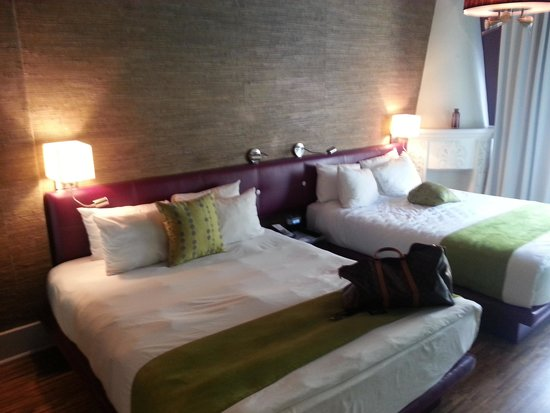 Chesterfield Hotel : clean