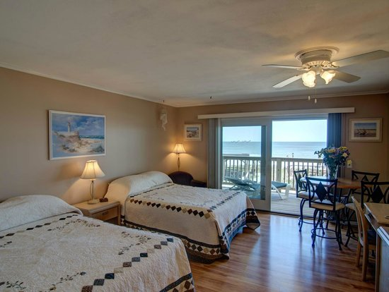 Wavecrest Oceanfront Resort: Studio