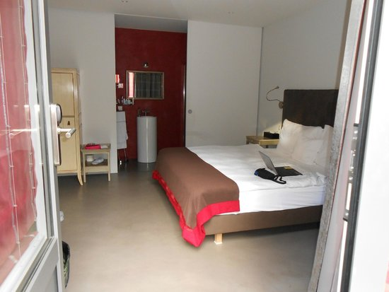 La Maison d'Igor : Whole bedroom