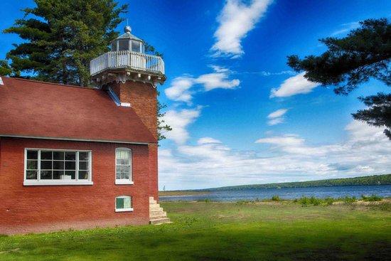 Baraga Lakeside Inn : Sand Point Lighthouse, Baraga