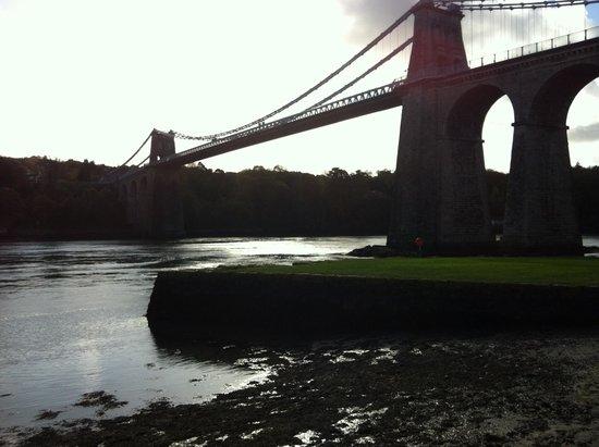 Celtic Gateway Bridge: wrong end of mon
