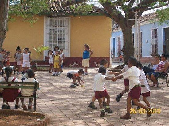 Resultado de imagen de escuela en trinidad