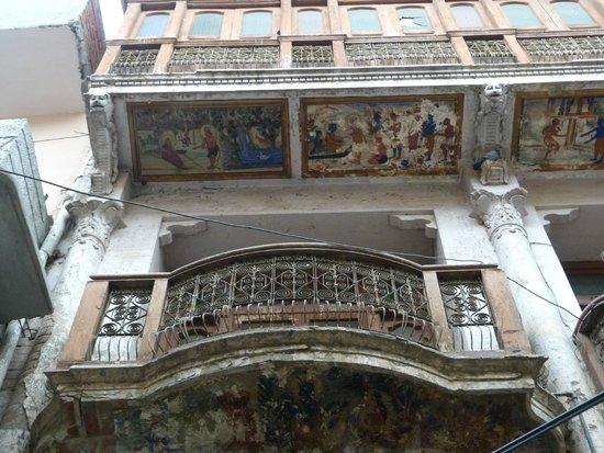 Davinder Singh's Amritsar Heritage Walk: Colonial Art