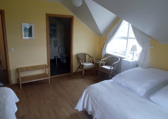 Hotel Reykjahlid: Double Superior Room pic 2