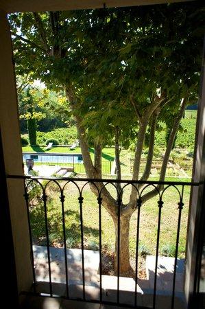 Clos de l'Ours : view outside