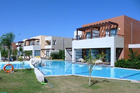 Chambre avec piscine privée - Photo de Astir Odysseus Resort & Spa ...