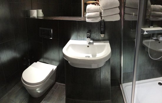 The W14 Kensington : bathroom