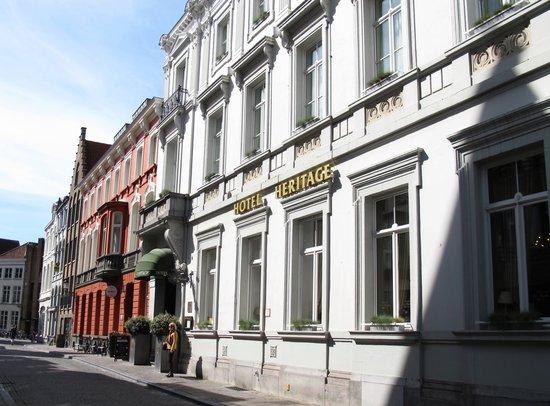 Hotel Heritage - Relais & Chateaux: Front entrance