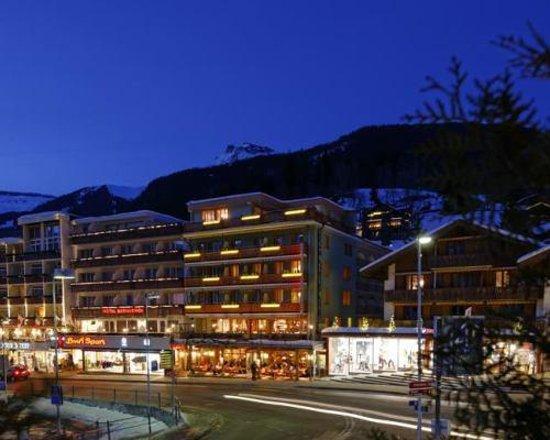 Central Hotel Wolter: Aussenansicht Nacht
