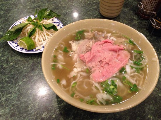 Nam Son Vietnamese Restaurant : Combination of beef pho