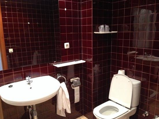 Hotel Kursaal : bathroom
