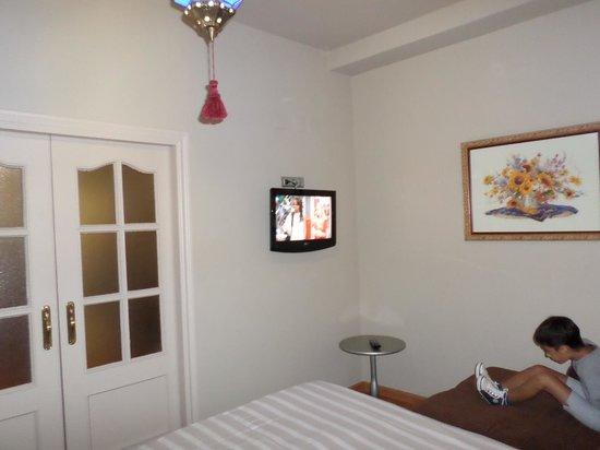 Hotel Sercotel Dona Carmela : altra camera da letto