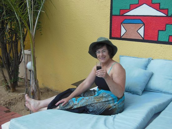 Jordani B&B Windhoek: Relax by the pool at the Jordani B&B