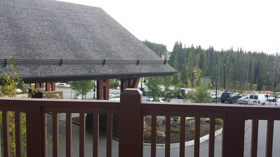 One Ski Hill Place, A RockResort: Room view