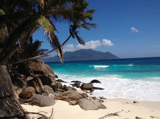North Island Seychelles : BEach