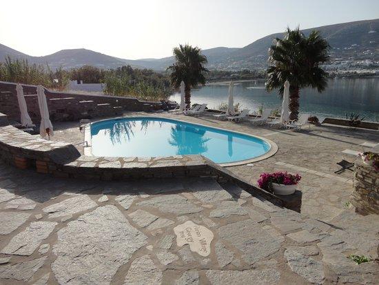 Parian Village: het zwembad