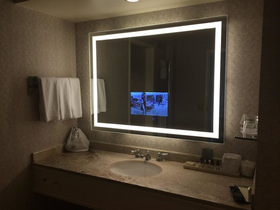 Fairmont San Jose: TV In Bathroom Mirror