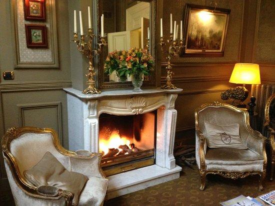 Hotel Heritage - Relais & Chateaux: petit salon