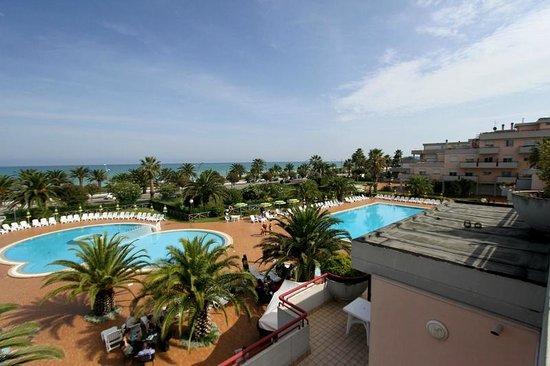 Panorama dalla camera - Foto di Residence Hotel Le Terrazze ...