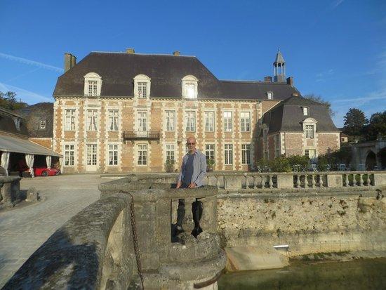 Château d'Etoges : From the bridge