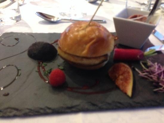 L'Agora des Sables : mille feuilles de foie gras