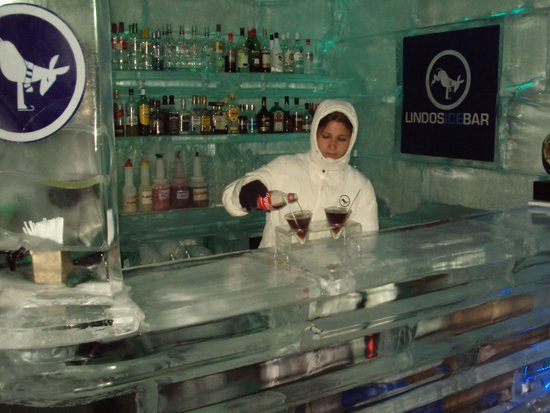 Lindos Ice Bar : Drink with your ice?