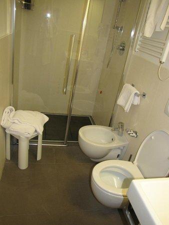 BEST WESTERN Hotel Armando: salle de bain