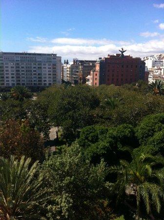 Hotel Parque: Vista al parque San Telmo tomada desde la habitación del hotel (última planta)