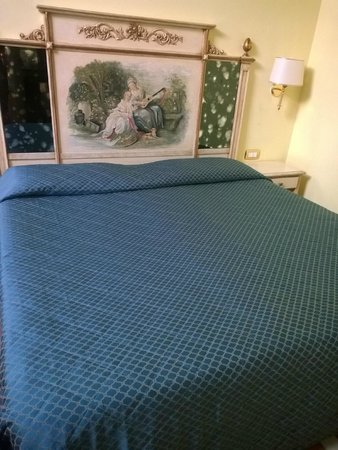 Donatello Bed & Breakfast: Room 233