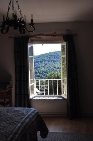 Domaine Michaud: bedroom view