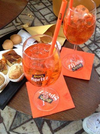 aperitivo - Foto di Terrazza Aperol, Milano - TripAdvisor