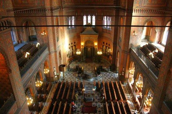 Interno sinagoga foto di sinagoga e museo ebraico for Interno 5 b b roma