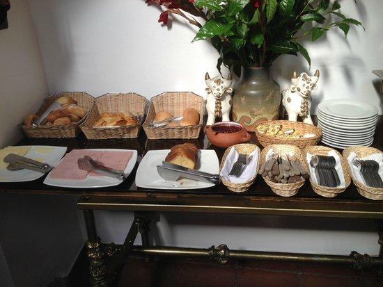 Hotel Rumi Punku: Breakfast Buffet