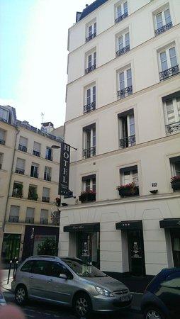 Prince Albert Lyon Bercy: Fachada del Hotel
