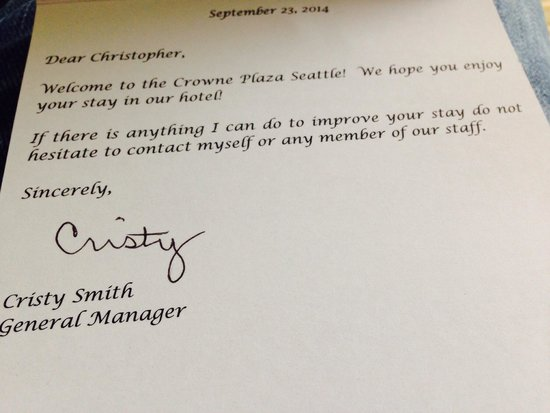 Crowne Plaza Seattle Downtown Area: Note from GM!  Nice touch!!