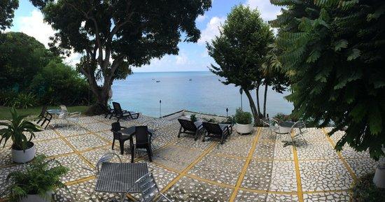 Cabanas Agua Dulce : Terraza frente al mar