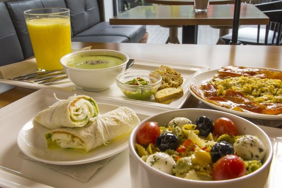 Cocina mediterr nea picture of public cafe barcelona for Cocina mediterranea