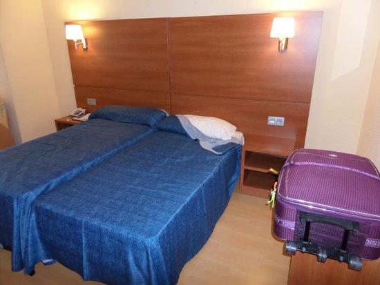 Maria del Mar: Room