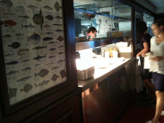 Gambas picture of restaurant au pont de l 39 ill la - Passe plats pour cuisine ...