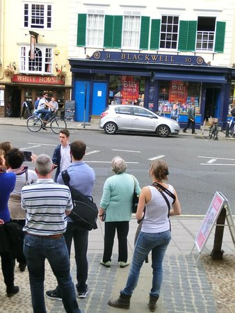 Footprints Tours Oxford: Best known bookshop in Oxford