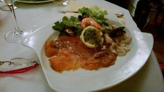 Eau de Folles: marinade de saumon au citron