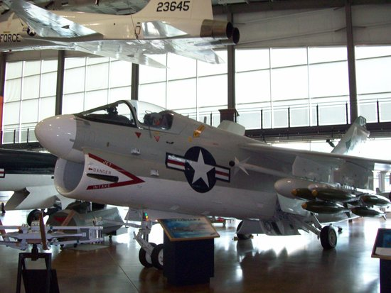 Frontiers of Flight Museum : A-7